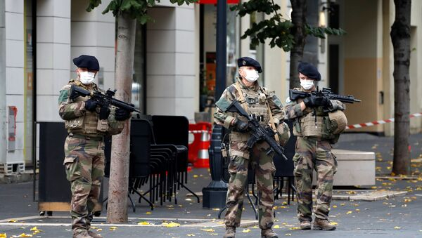 Special forces stand guard near the scene of a reported knife attack at Notre Dame church in Nice, France, October 29, 2020 - Sputnik International