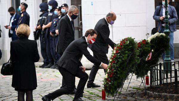 Austrian Chancellor Sebastian Kurz attends a wreath laying ceremony after gun attack in Vienna, Austria November 3, 2020 - Sputnik International