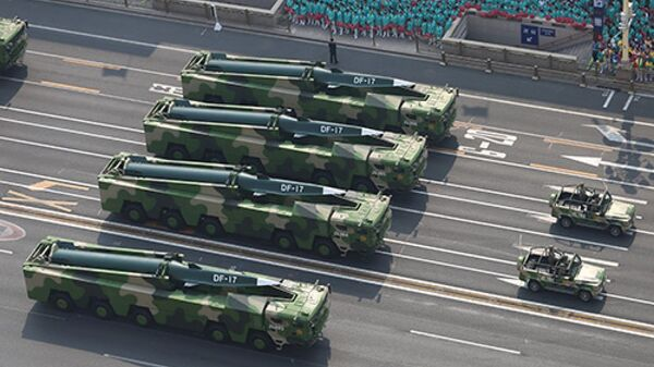 Making their debut in the general public for the first time, DF-17 hypersonic missiles join China's National Day parade held in Beijing on October 1, 2019 - Sputnik International