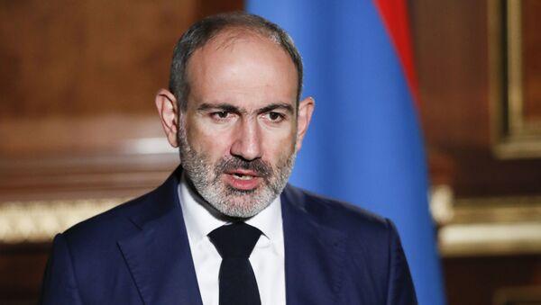 In this photo provided by the Armenian Prime Minister Press Service via PAN Photo, Armenian Prime Minister Nikol Pashinyan addresses the nation in Yerevan, Armenia, Tuesday, Oct. 27, 2020. - Sputnik International