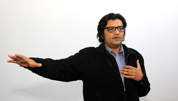 In this photograph taken on 26 April 2017, Indian television journalist Arnab Goswami poses during an interview with AFP in Mumbai. Arnab Goswami is considered India's most brash and controversial TV news anchor - Sputnik International