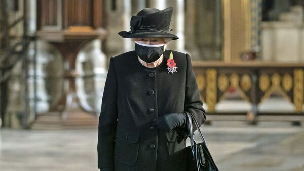 Britain's Queen Elizabeth II attends a ceremony to mark the centenary of the burial of the Unknown Warrior, in Westminster Abbey, London, Wednesday, 4 November 2020 - Sputnik International