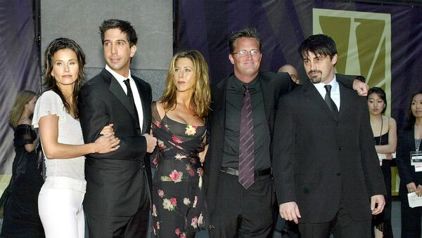 Five of the six cast members of the show Friends arrive at the NBC 75th Anniversary Special at Rockefeller Center in New York, 5 May 2002. - Sputnik International