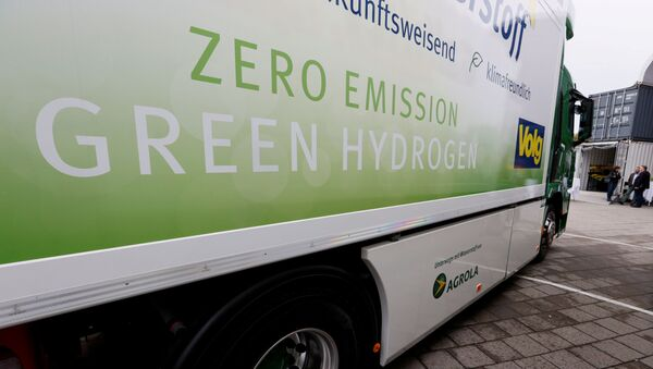 A new hydrogen fuel cell truck made by Hyundai is pictured ahead of a media presentation for the zero-emission transport of goods at the Verkehrshaus Luzern in Luzern, Switzerland. File photo  - Sputnik International