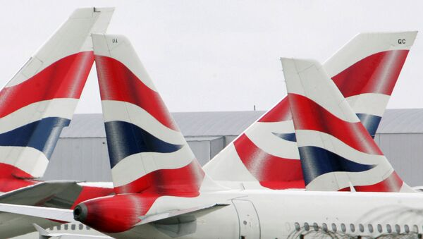 British Airways aircraft are seen stationary on the tarmac of London's Heathrow Airport in west London (File) - Sputnik International