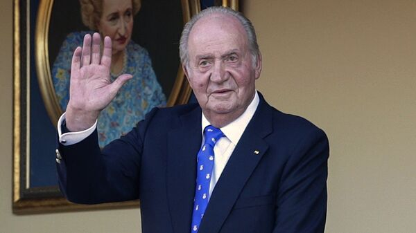 In this Sunday, June 2, 2019 file photo, Spain's former King Juan Carlos waves during a bullfight at the bullring in Aranjuez, Madrid, Spain. Spain's royal household said on Monday Aug. 17, 2020, that former monarch Juan Carlos is in the United Arab Emirates, resolving a mystery over his whereabouts that has swirled in Spain since he announced he was leaving the country amid a growing financial scandal. - Sputnik International
