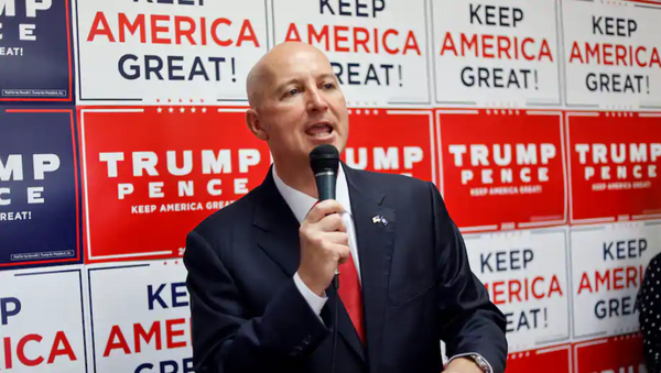 In this Aug. 20 photo, Nebraska Gov. Pete Ricketts (R) addresses Republican supporters during the opening of the Nebraska Trump Victory Office in Omaha. - Sputnik International