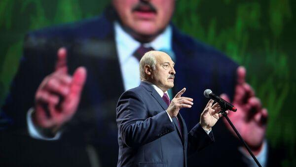 Belarusian President Alexander Lukashenko speaks at the forum of Union of Women in Minsk, Belarus September 17, 2020.   - Sputnik International
