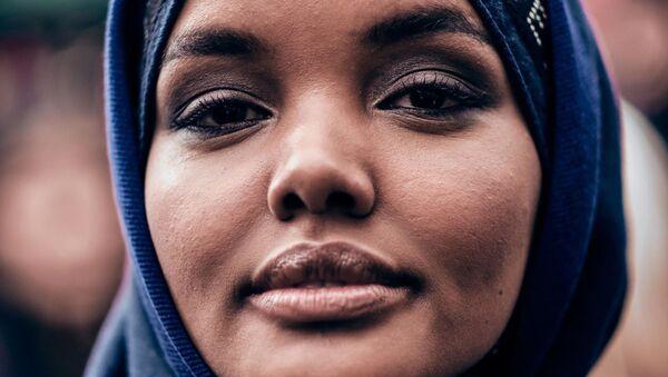 Halima Aden Paris Fashion Week Autumn Winter 2019 - Sputnik International