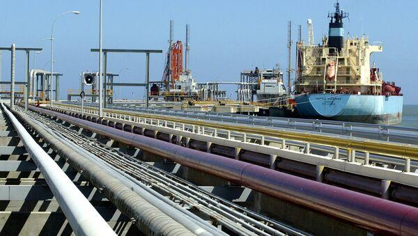 An oil tanker is seen at Jose refinery cargo terminal in Venezuela  - Sputnik International