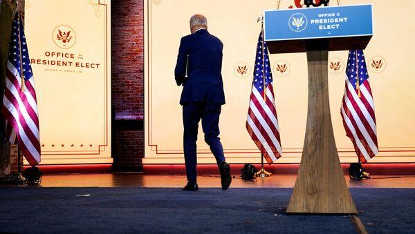 U.S. President-elect Joe Biden departs after delivering a pre-Thanksgiving speech at his transition headquarters in Wilmington, Delaware, U.S., November 25, 2020. - Sputnik International