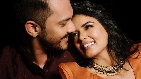 Aditya Narayan and Shweta Agarwal - Sputnik International
