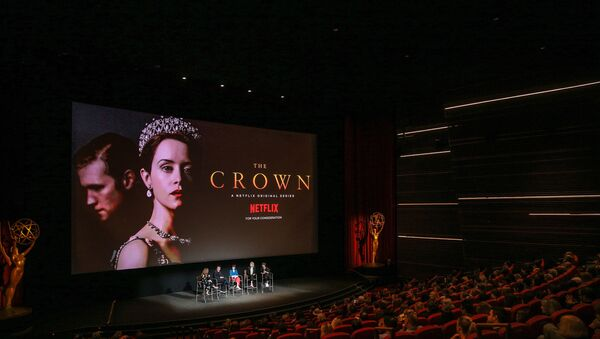 NORTH HOLLYWOOD, CA - APRIL 27: (L-R) Krista Smith, Peter Morgan, Claire Foy, Vanessa Kirby and Jane Petrie speak onstage during the For Your Consideration event for Netflix's The Crown at Saban Media Center on April 27, 2018 in North Hollywood, California.  - Sputnik International