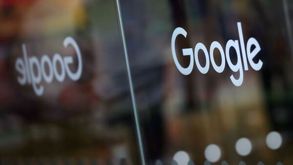 The Google logo is pictured at the entrance to the Google offices in London, Britain January 18, 2019. - Sputnik International