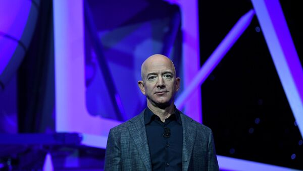 FILE PHOTO: Founder, Chairman, CEO and President of Amazon Jeff Bezos unveils his space company Blue Origin's space exploration lunar lander rocket called Blue Moon during an unveiling event in Washington - Sputnik International