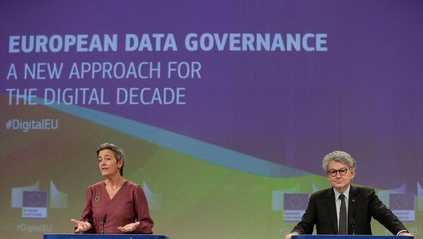 European Commissioner for Competition Margrethe Vestager and the EU's Internal Market Commissioner Thierry Breton - Sputnik International
