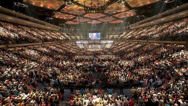 Televangelist Joel Osteen's Lakewood Church, a Houston, Texas-based megachurch that seats 16,000 worshippers - Sputnik International