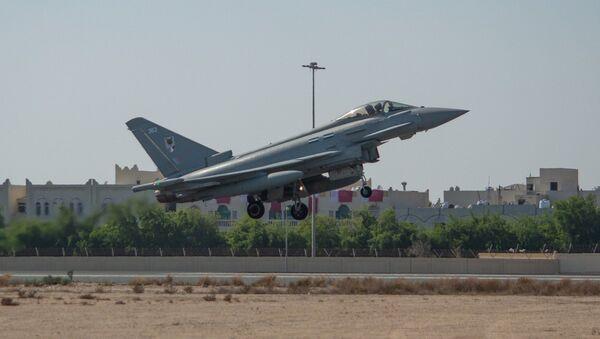 Qatari Typhoons join the Qatar National Day flypast - Sputnik International