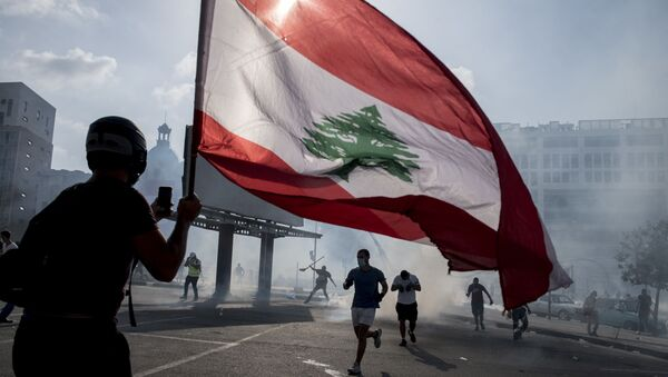 Clashes between anti-government protesters and security forces in Beirut, Lebanon. - Sputnik International