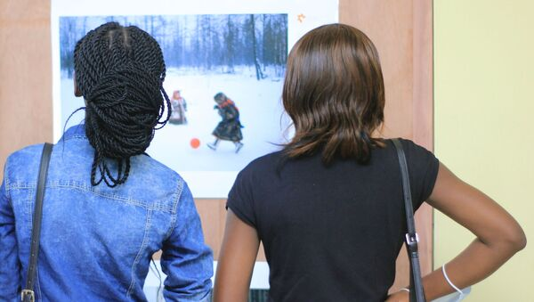 Opening of the exhibition of the winners of the competition. Andrey Stenin in Kinshasa - Sputnik International