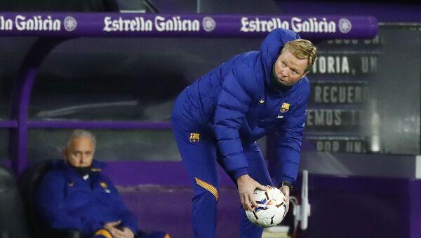 Soccer Football - La Liga Santander - Real Valladolid v FC Barcelona - Estadio Jose Zorrilla, Valladolid, Spain - December 22, 2020 Barcelona coach Ronald Koeman  - Sputnik International