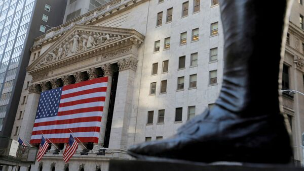The boot on the statue of George Washington, the first president of the United States, is seen across from the New York Stock Exchange (NYSE) following Election Day in Manhattan, New York City, U.S., November 4, 2020. - Sputnik International