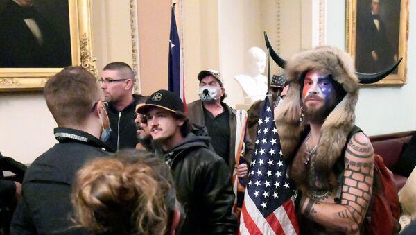 Trump supporters breach the US Capitol - Sputnik International