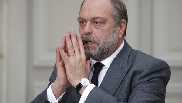 French Justice Minister Eric Dupond-Moretti gestures as he speaks during a media conference at the Elysee Palace in Paris, Wednesday, Des. 9 ,2020 - Sputnik International