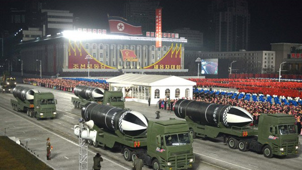 A new submarine-launched ballistic missile, provisionally designated the Pukguksong-5, is unveiled in a military parade in Pyongyang, DPRK, on January 14, 2021 - Sputnik International