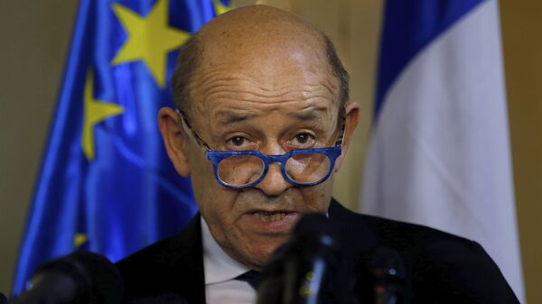 French Foreign Minister Jean-Yves Le Drian, and his Lebanese counterpart Nassif Hitti, hold a news conference following their meeting at the Lebanese foreign ministry in Beirut, Lebanon, Thursday, July. 23, 2020. Le Drian met with Lebanon's president Thursday at the start of his two-day visit to the Mediterranean country that is witnessing the worst economic crisis of its modern history.  - Sputnik International