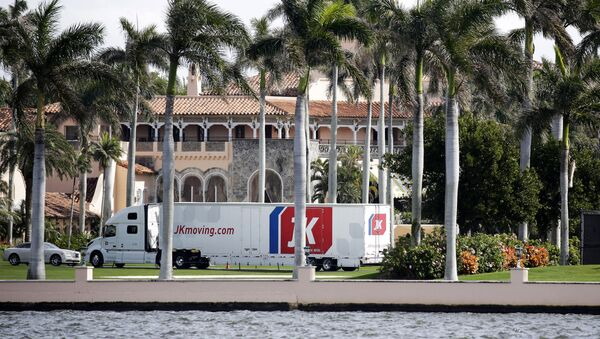 A moving truck is parked outside Mar-a-Lago in Palm Beach, Fla., on Monday, Jan. 18, 2021. President Donald Trump is expected to return to his residence on Wednesday, Jan. 20. - Sputnik International
