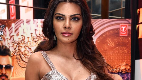 Indian Bollywood producer, actress and model Sherlyn Chopra poses for photographs during the launch of her new single clip 'Tunu Tunu' in Mumbai on January 22, 2019 - Sputnik International