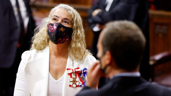 Canada's Governor General Julie Payette socializes prior to delivering the Throne Speech in the Senate, as parliament prepares to resume in Ottawa, Ontario, Canada September 23, 2020.  - Sputnik International