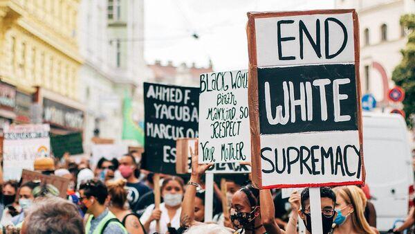 End White Supremacy. - Sputnik International