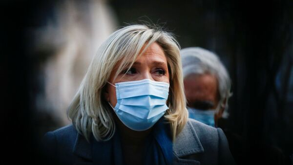 Marine Le Pen, leader of France's National Rally party attends a news conference with Portugal's far-right presidential candidate Andre Ventura (not pictured) in Lisbon, Portugal, 8 January 2021 - Sputnik International