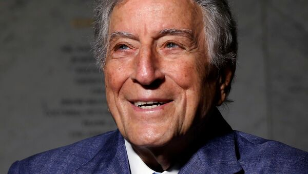 Singer and artist Tony Bennett poses for a portrait before an opening of his art exhibition in the Manhattan borough of New York, U.S. May 3, 2017. - Sputnik International