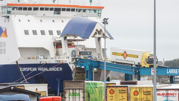 A P&0 ferry arrives at the Port of Larne in County Antrim, Northern Ireland on February 2, 2021. - The British government condemned threats to port workers implementing post-Brexit trade checks in Northern Ireland and called for clear heads to ease tensions.  - Sputnik International