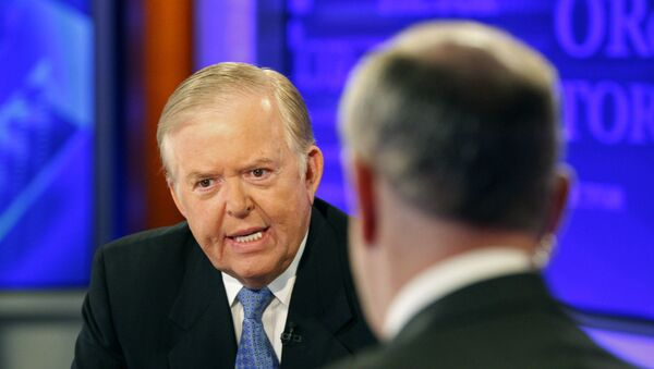 In this Monday, Nov. 16, 2009 file photo, Lou Dobbs,  left, speaks with Bill O'Reilly during taping a segment for Fox News channel's The O'Reilly Factor, in New York. - Sputnik International