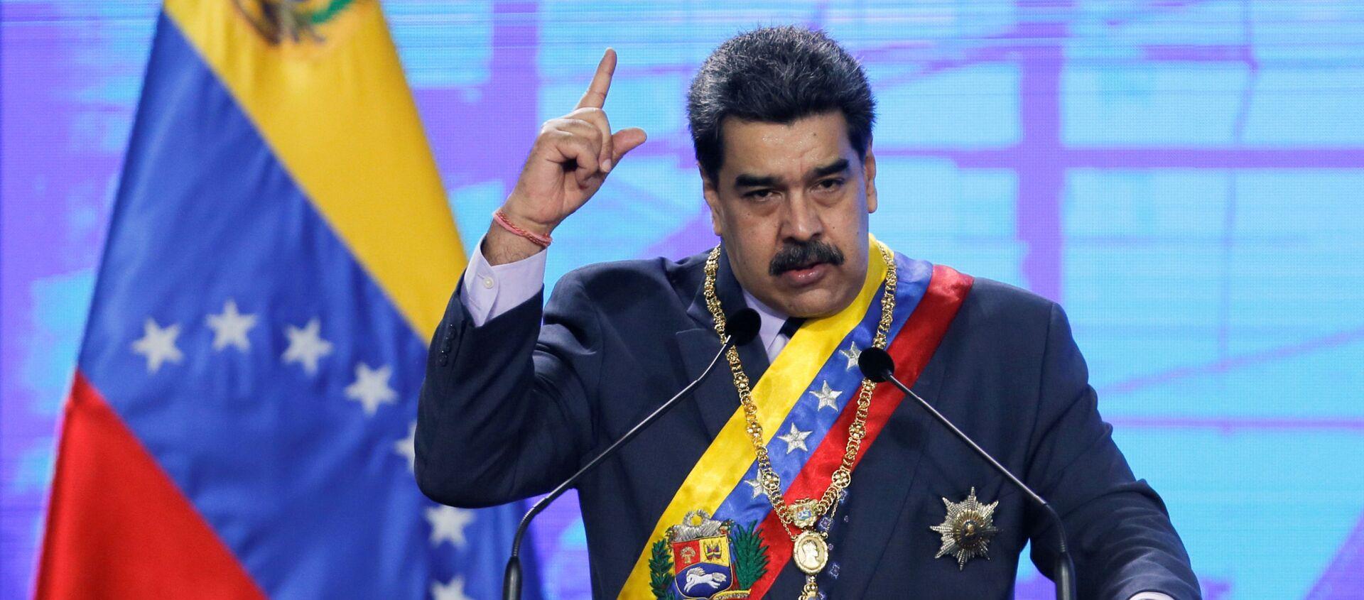 Venezuela's President Nicolas Maduro speaks during a ceremony marking the opening of the new court term in Caracas, Venezuela January 22, 2021. - Sputnik International, 1920