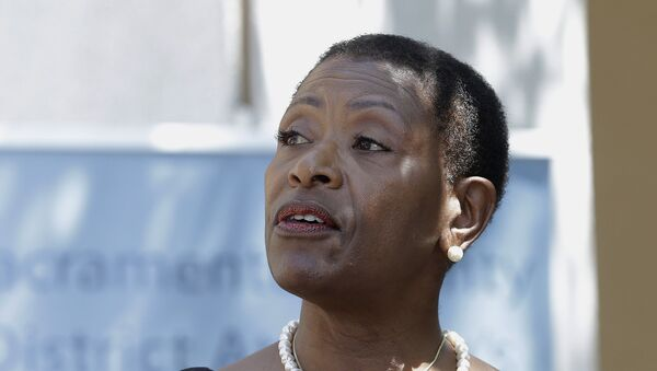 n this April 25, 2018, file photo Contra Costa County District Attorney Diana Becton discusses the arrest of Golden State Killer suspect, Joseph James DeAngelo during a news conference in Sacramento, Calif. - Sputnik International