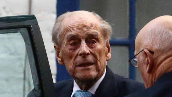 Britain's Prince Philip enters a car as he leaves King Edward VII's Hospital in London, Britain, 24 December 2019 - Sputnik International
