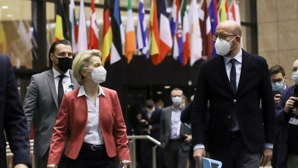 European Commission President Ursula von der Leyen and European Council President Charles Michel prepare for a press conference at the end of a video conference of European Council members on COVID-19 pandemic, in Brussels, Belgium February 25, 2021 - Sputnik International
