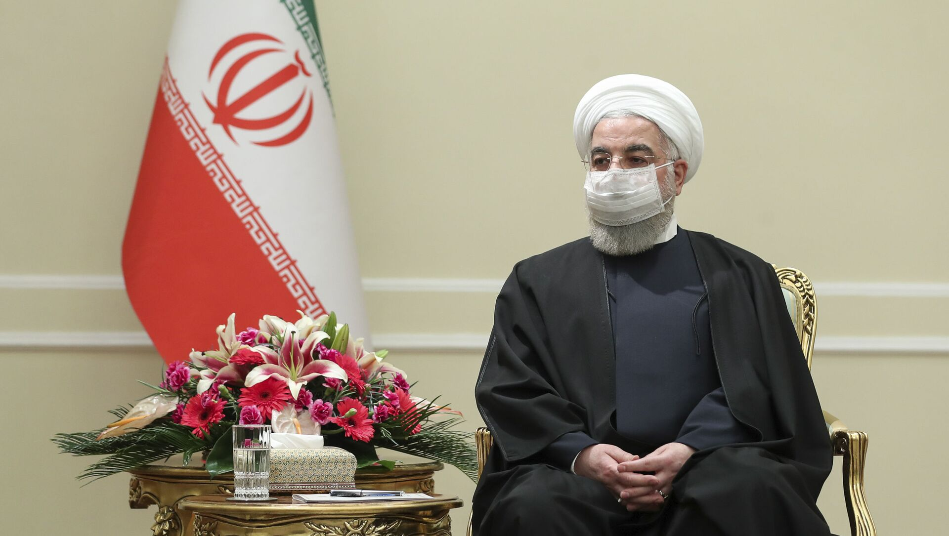 In this photo released by the official website of the office of the Iranian Presidency, President Hassan Rouhani meets with Irish Foreign Minister Simon Coveney, in Tehran, Iran, Sunday, March 7, 2021. - Sputnik International, 1920, 25.07.2021