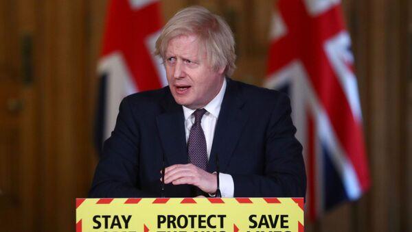 Britain's PM Johnson holds a virtual news conference in London - Sputnik International