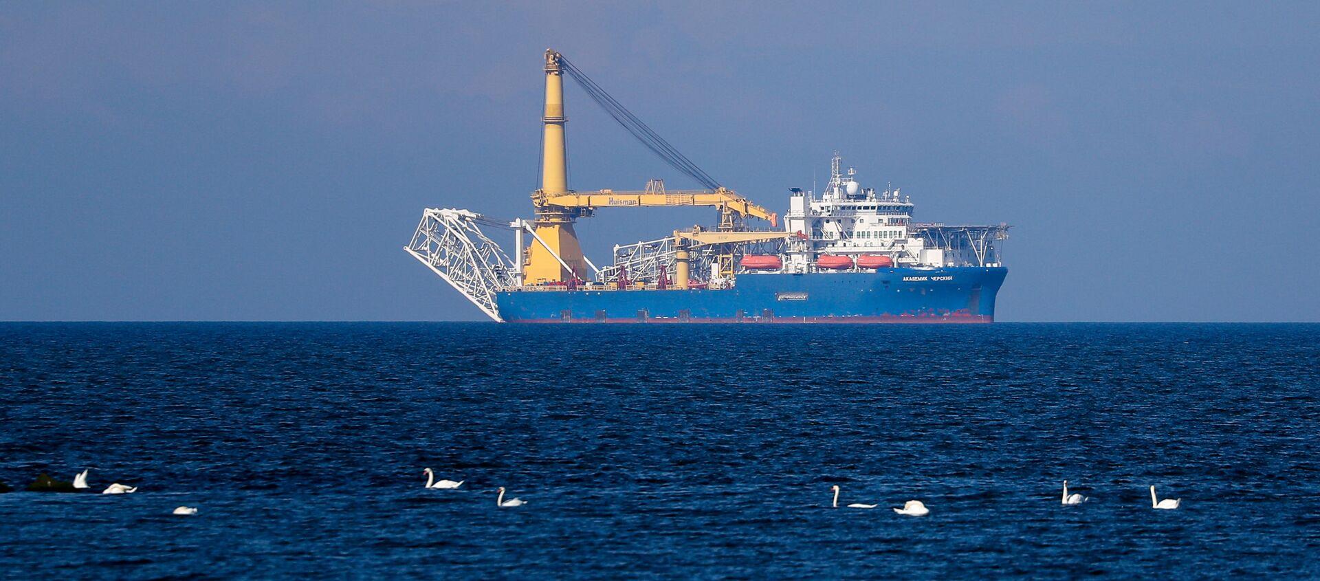 The Russian pipelaying vessel Akademik Cherskiy is pictured in the waters of Kaliningrad, Russia. - Sputnik International, 1920, 09.03.2021
