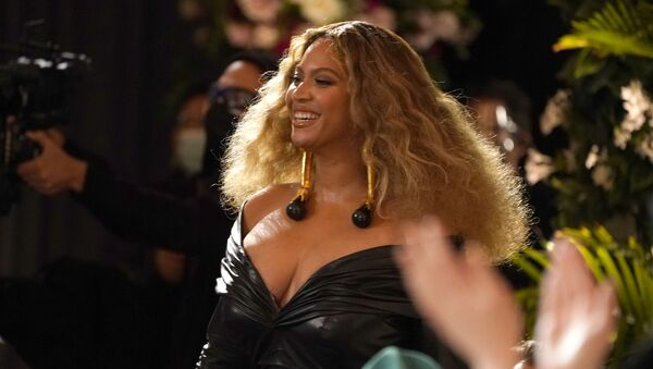 Beyonce appears in the audience before accepting the award for best rap song for Savage at the 63rd annual Grammy Awards at the Los Angeles Convention Center on Sunday, March 14, 2021 - Sputnik International