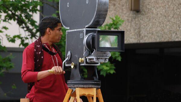 Bollywood cameraman  - Sputnik International