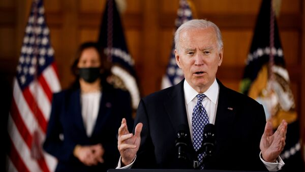 U.S. President Joe Biden and Vice President Kamala Harris deliver remarks after meeting with Asian-American leaders to discuss the ongoing attacks and threats against the community, during a stop at Emory University in Atlanta, Georgia, U.S., March 19, 2021.  - Sputnik International