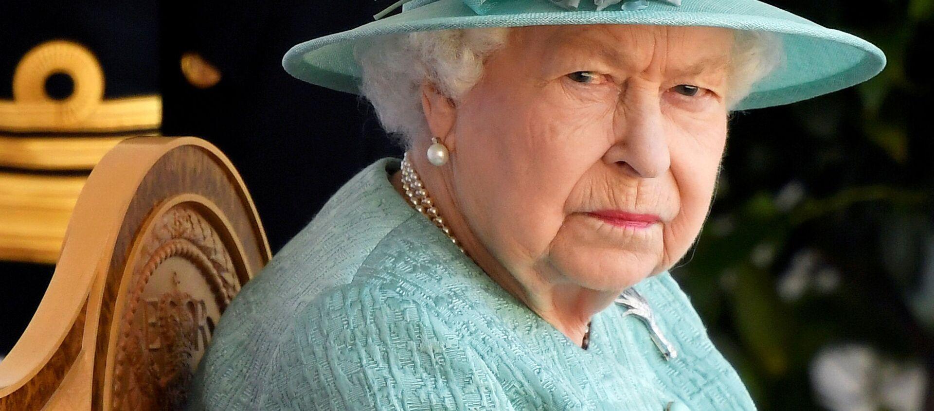Britain's Queen Elizabeth attends a ceremony to mark her official birthday at Windsor Castle in Windsor, Britain, June 13, 2020 - Sputnik International, 1920, 22.08.2021