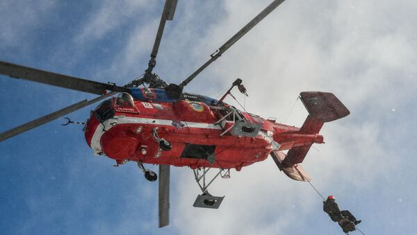 A Ka-32A11BC fire-and-rescue helicopter takes part in demonstration drills of the Moscow Aviation Centre air rescue service, in Moscow, Russia. - Sputnik International